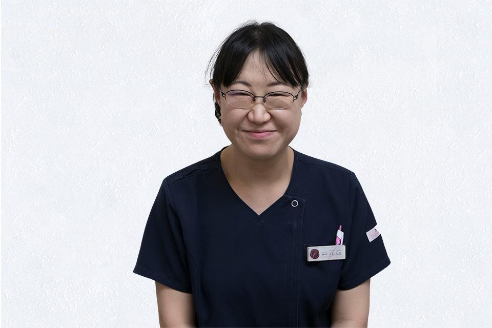 助産師、看護師 大石 友美